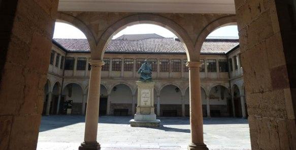 Edificio antiguo de la Universidad de Oviedo