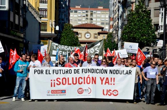 Manifestación de trabajadores de Fundición Nodular en Oviedo. Fotografía de Pablo Gómez