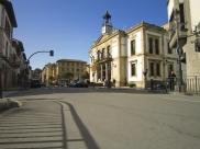 Las calles vacías, al mediodía de hoy. Imagen de Nicolás B. Ortiz