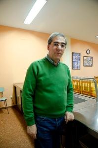 Carlos Muñíz Fernández, en el Comedor Solidario de Mieres. Imagen de Pablo Gómez