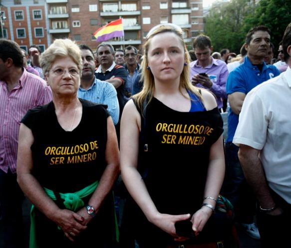 Se pudieron ver camisetas con todo tipo de lemas durante la marcha. Imagen de Pablo Lorenzana