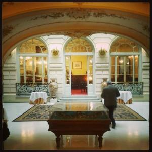 Recibidor del Casino de Madrid. Foto: E. Urquiola